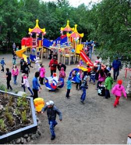 Оборудование для детских площадок - Tricolor