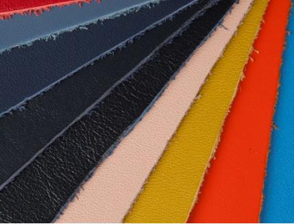 Краска для кожи PaliPlast UP 1520 в цвете - изображение 2 - интернет-магазин tricolor.com.ua