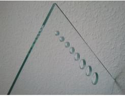 Сверление отверстий диаметром 5,6,8,10,12мм стекла 4 мм