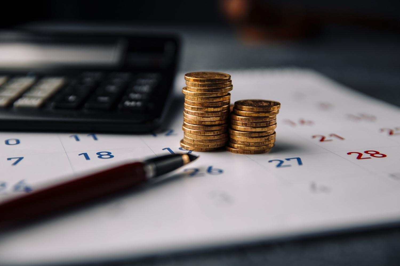 Calendar calculator stack coins office
