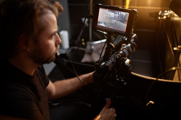 Video production backstage scenes creating video content professional team cameramen with director filming commercial ads video content creation video creation industry 124865 5336