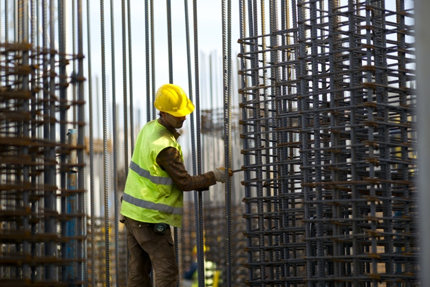 Working hard building man construction worker 1122 1849