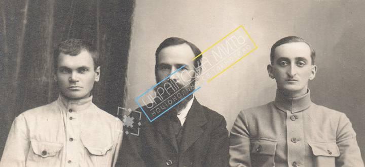 http://uamoment.com/gallery/Muhyn--Krokhmaliuk--Biberovych--Kamenets-1919-216 photo