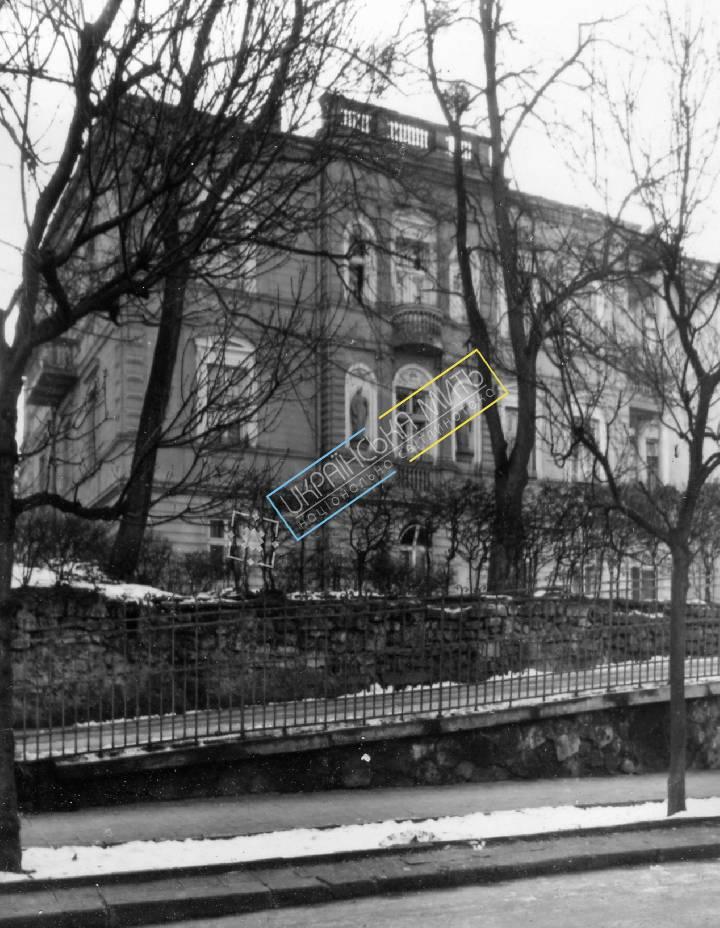 http://uamoment.com/gallery/Lviv--vul-Konova-1-794 photo