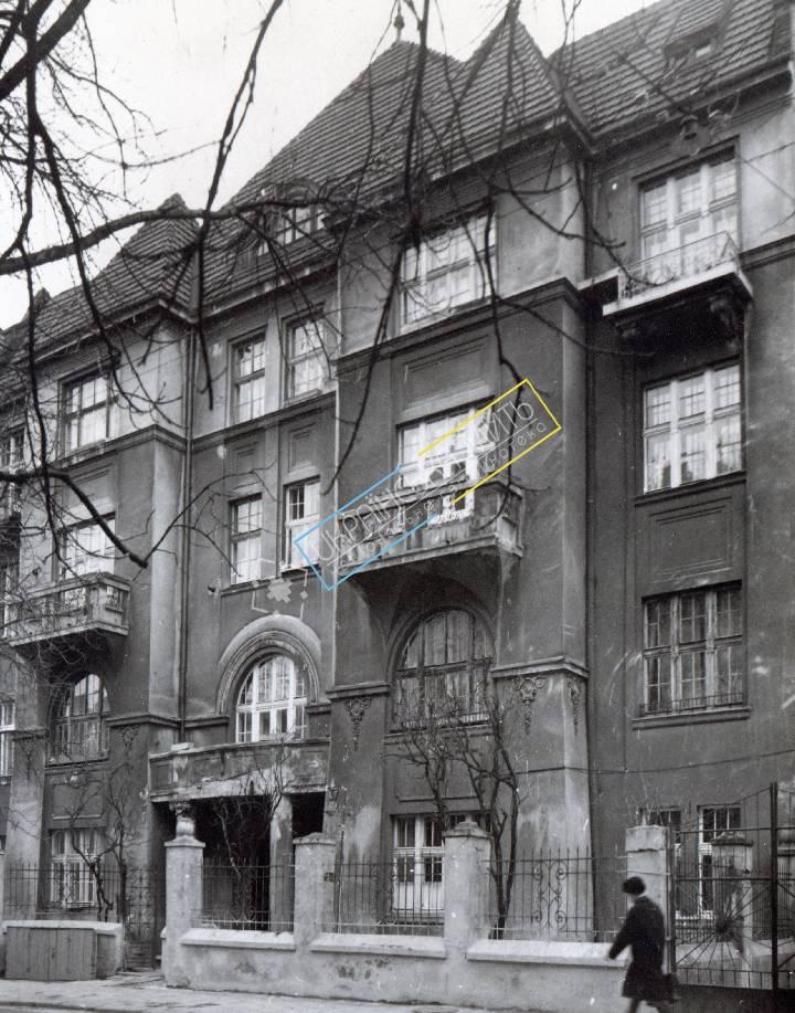 http://uamoment.com/gallery/Lviv--vul-Kotlyarevskoho-37B--modern-style-805 photo