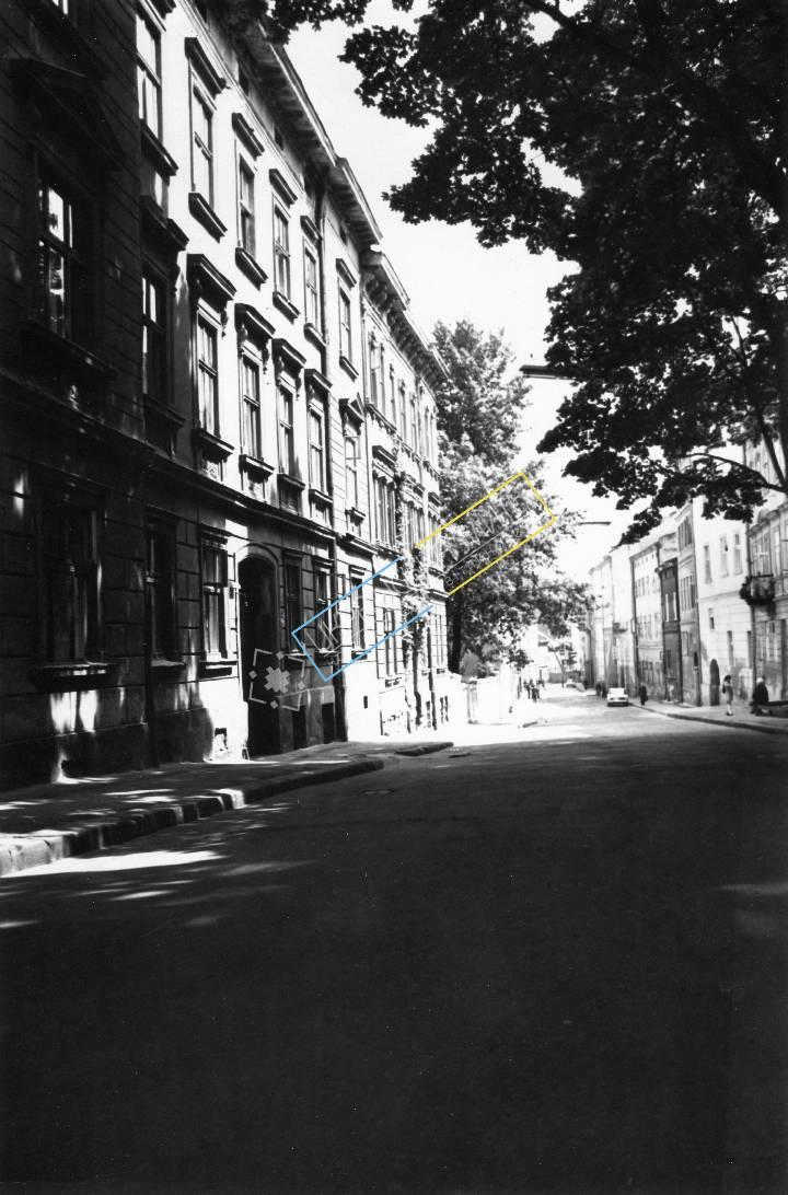 http://uamoment.com/gallery/Lviv--Ukrainian-vul-Lesi-945 photo