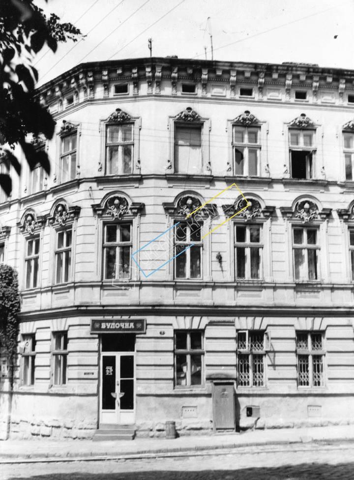 http://uamoment.com/gallery/Lviv--st--Lysenko-9--house--XIX-century-989 photo