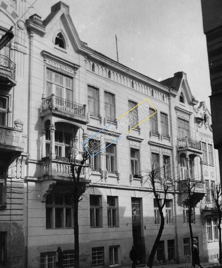 http://uamoment.com/gallery/Lviv--st--Mendeleev-13-995 photo