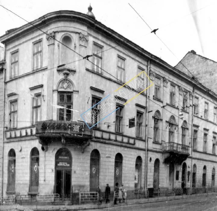 http://uamoment.com/gallery/Lviv--st--Soviet-1-1005 photo