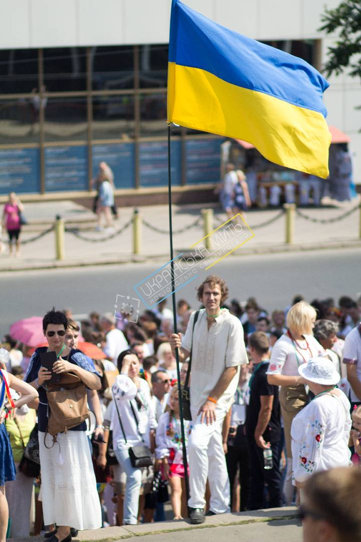 uamoment-gallery-Ukrainian-flag-from-Ukraine-1131 photo
