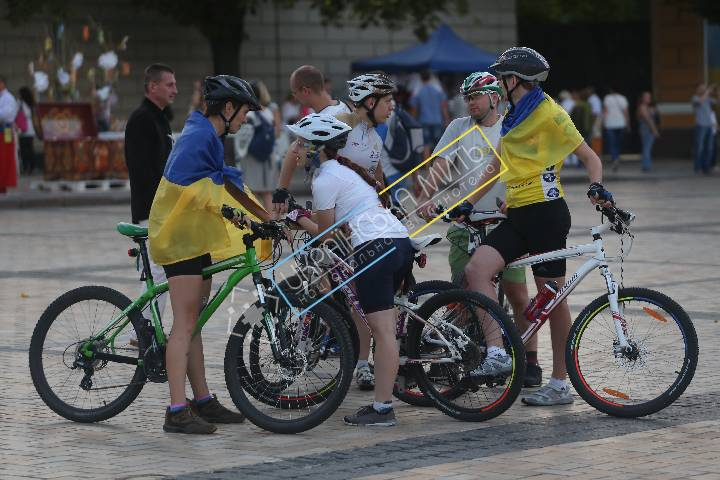 http://uamoment.com/gallery/Cyclists-212 photo