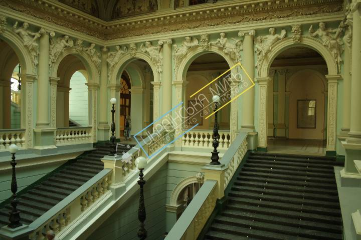 http://uamoment.com/gallery/The-interior-of-the-main-building-347 photo