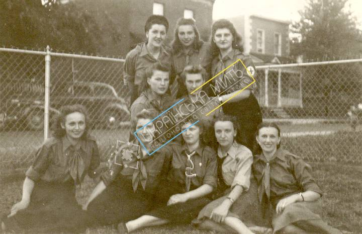 http://uamoment.com/gallery/Girl-Guides--1949--Germany-430 photo