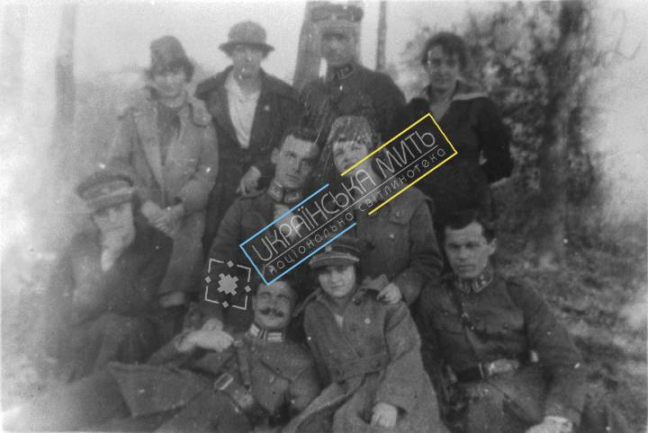 http://uamoment.com/gallery/Ukrainian-military-263 photo