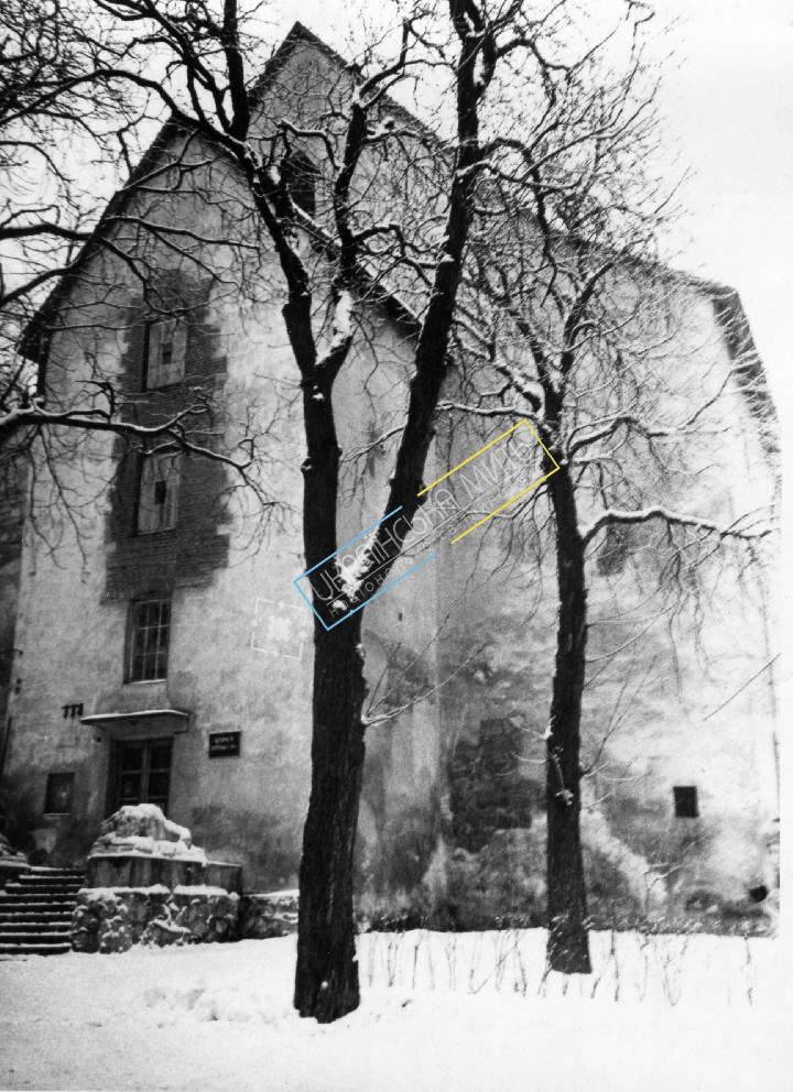 http://uamoment.com/gallery/Lviv-Powder-Tower-478 photo