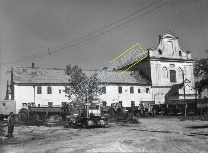 uamoment-gallery-Zhovkva-district--Rawa-Ruska--Church-reformers-1208 photo