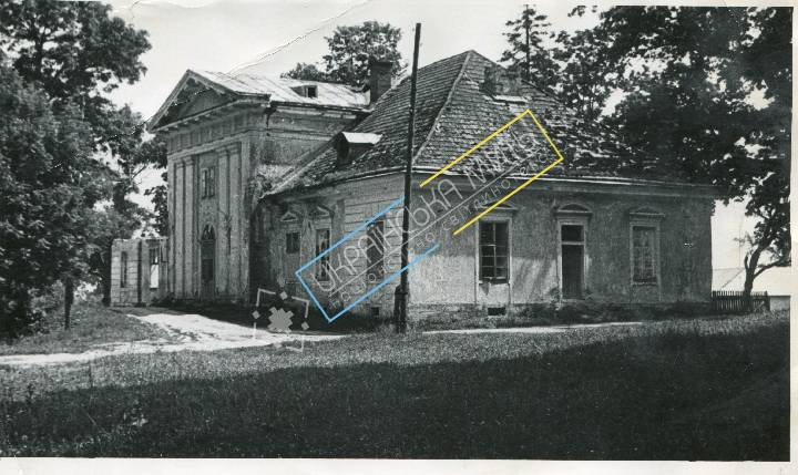 uamoment-gallery-Zhovkva-district---N--Svaryava-1706-1224 photo