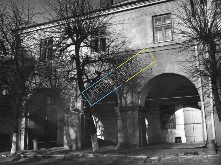 uamoment-gallery-Zhovkva-district--Zholkva-1228 photo