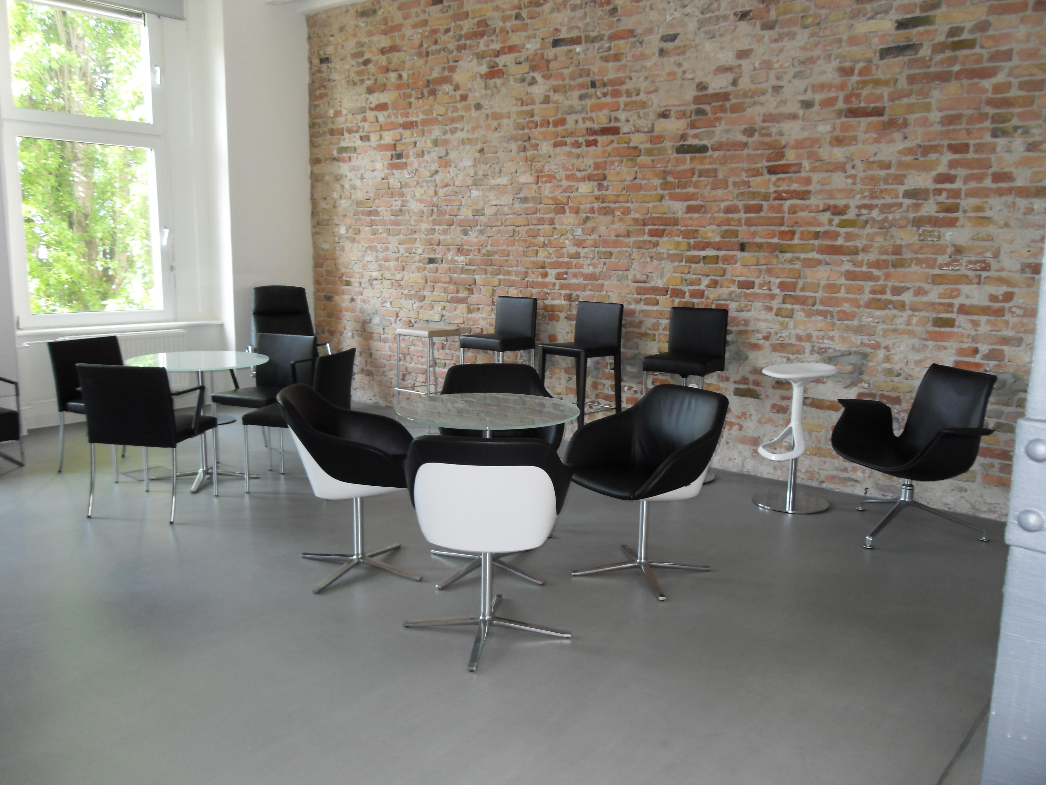 m bel in berlin sofa. Black Bedroom Furniture Sets. Home Design Ideas