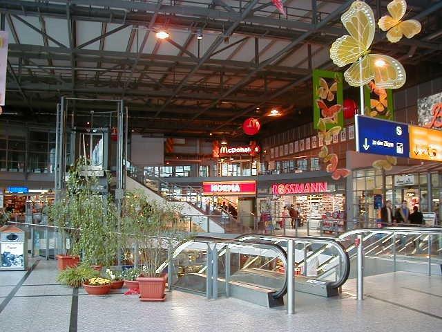 Einkaufsbahnhof Berlin Lichtenberg
