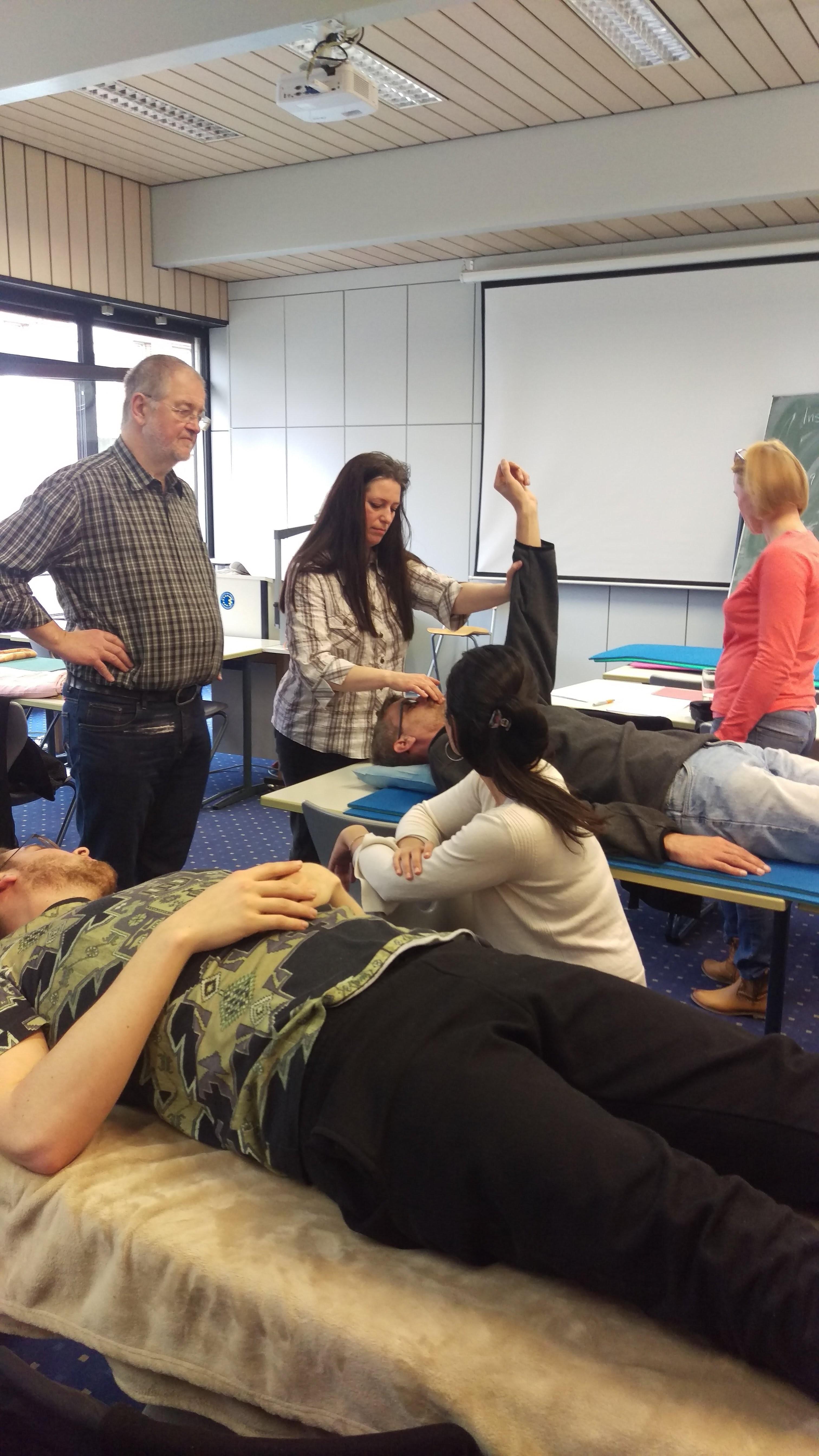 Fachschule für Naturheilkunde / Heilpraktikerschule Duisburg / europäischer Verband Naturheilkunde