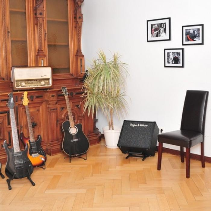 abclocal - discover about Musikschule House of music education in Oldenburg