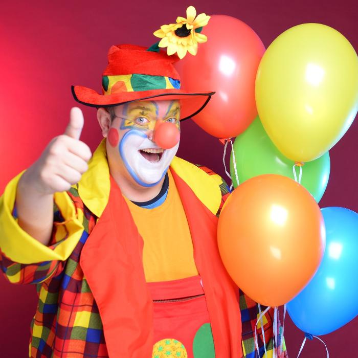 Bild zu Clown Melman Bubbles - Ballontiere, Seifenblasen & Hüpfburgen in Fürth in Bayern