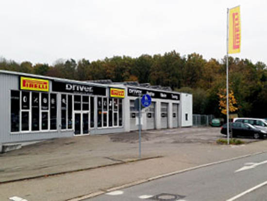 DRIVER CENTER SINDELFINGEN - DRIVER REIFEN UND KFZ-TECHNIK GMBH