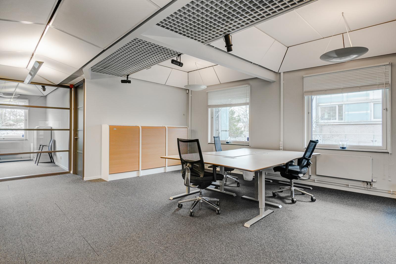 Quality Office V10A