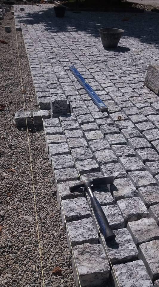 Stone and Floor Sagl
