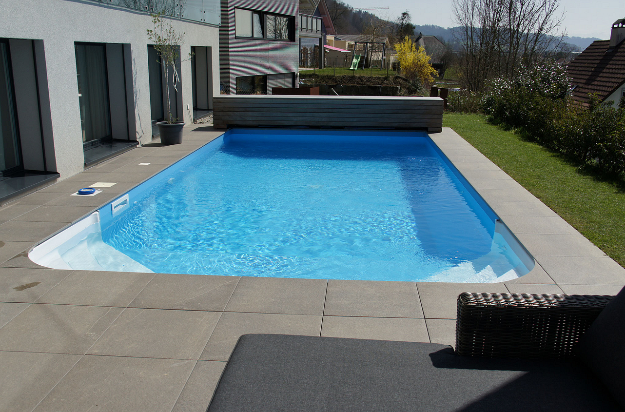 Müntener-Swimming-Pool-Center