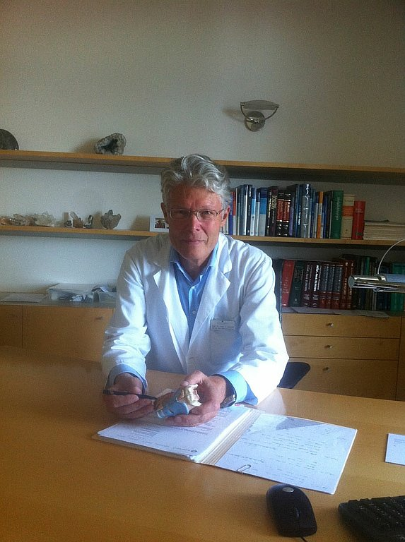 Prof. Dr. med. Stephan Schmid