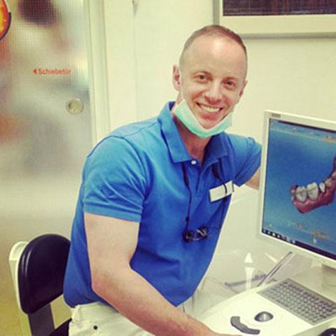Foto de Mark Mazur - Ihre Zahnheilkunde in Bielefeld