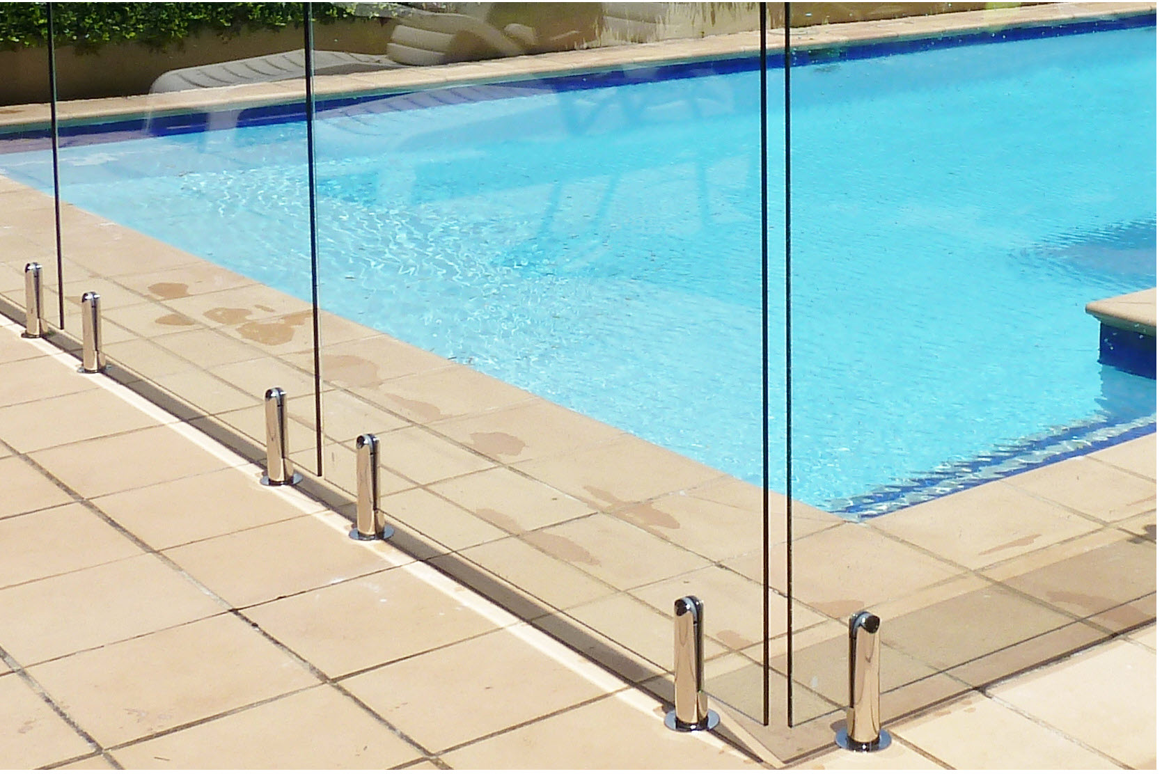 Dunn & Farrugia Fencing And Gates - Queanbeyan East, NSW 2620 - (02) 6284 2688 | ShowMeLocal.com