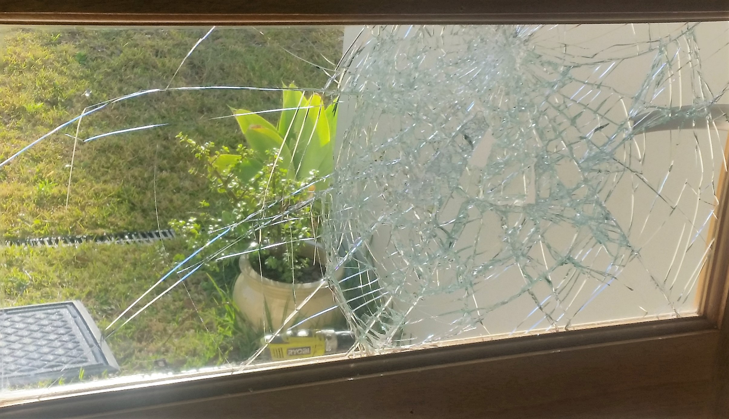 Glass Guru timber entry door glass replacement, call us now for a super price as we aim to beat any genuine quoted glass replacement for windows & door glass repair.