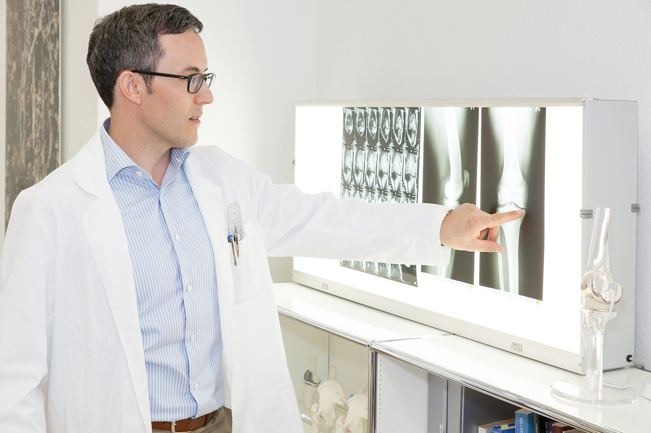 Dr. med. Daniel Wüst
