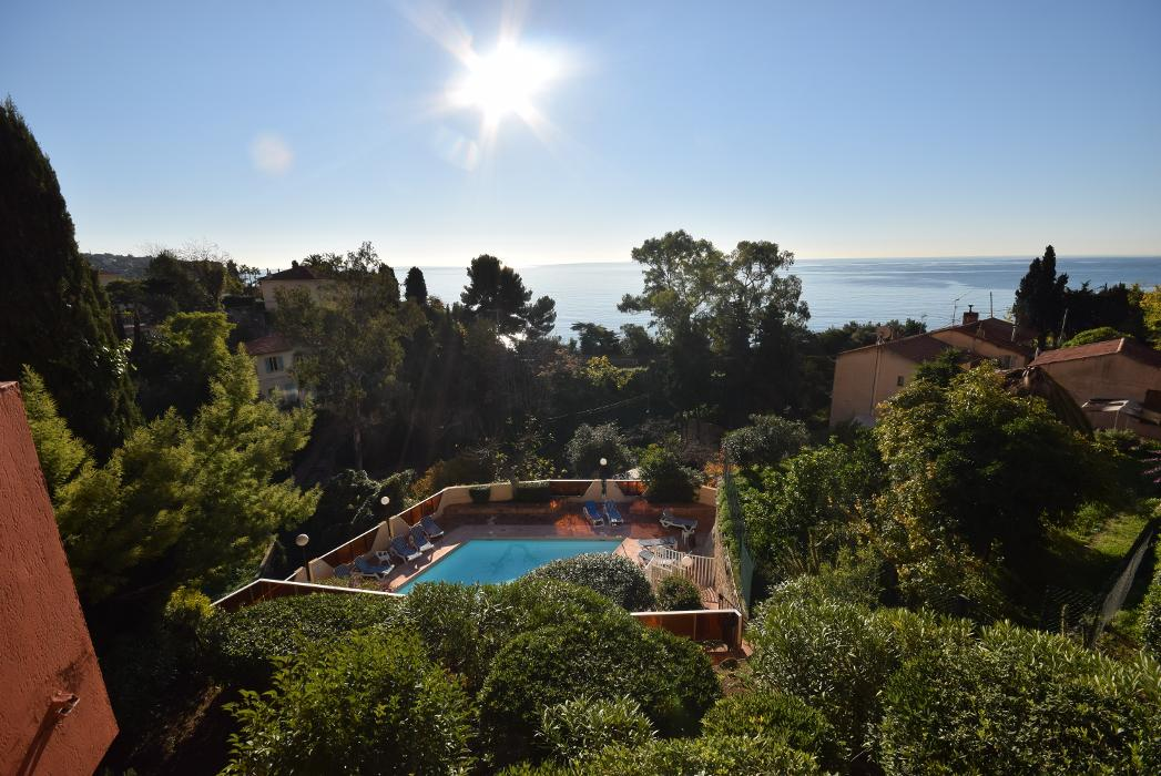 abclocal - discover about Residence Le Golfe bleu in Roquebrune-Cap-Martin