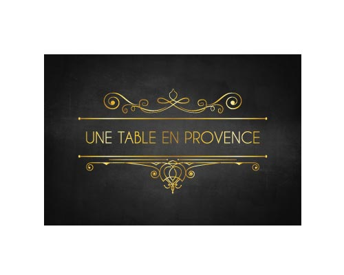 UNE TABLE EN PROVENCE