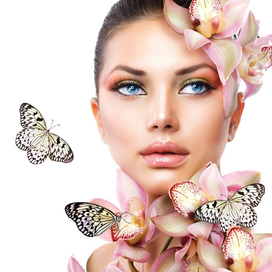 Beauty and Lashes by Donna Sunbury 0431 387 027