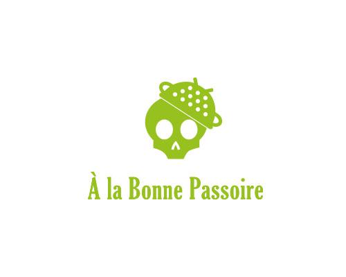 A LA BONNE PASSOIRE bijouterie fantaisie (détail)
