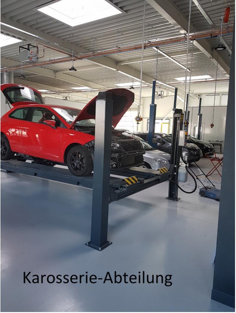 Hölzer GmbH Karosseriebau - Autolackierung