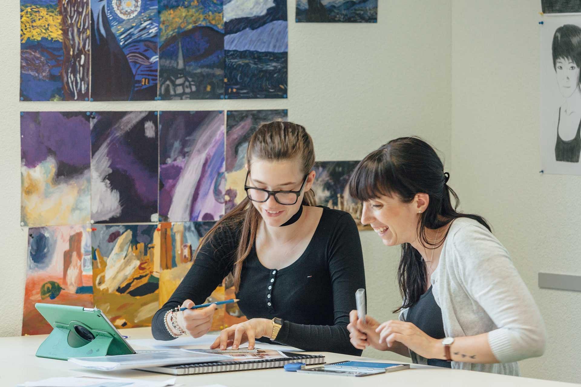 Obersee Bilingual School GmbH
