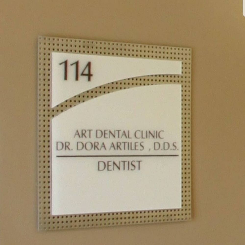 Dr. Dora R. Artiles: Art Dental Clinic