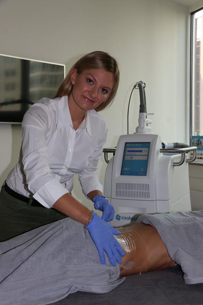 guidelocal - Directory for recommendations - Praxis für Ästhetisch-Plastische Chirurgie in Frankfurt - Dr. Deb in Frankfurt am Main