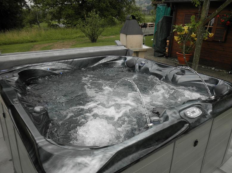 HAKA-Spa Whirlpool-Service