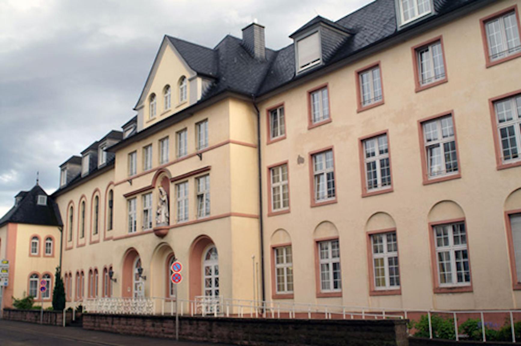 Wohnpark St. Elisabeth Altenpflegeheim & Servicewohnen