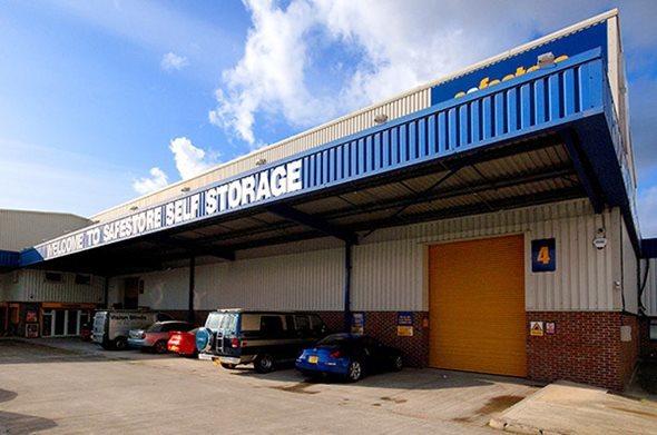 Safestore Self Storage Stockport Reddish - Stockport, Lancashire SK5 7BW - 01614 777777 | ShowMeLocal.com