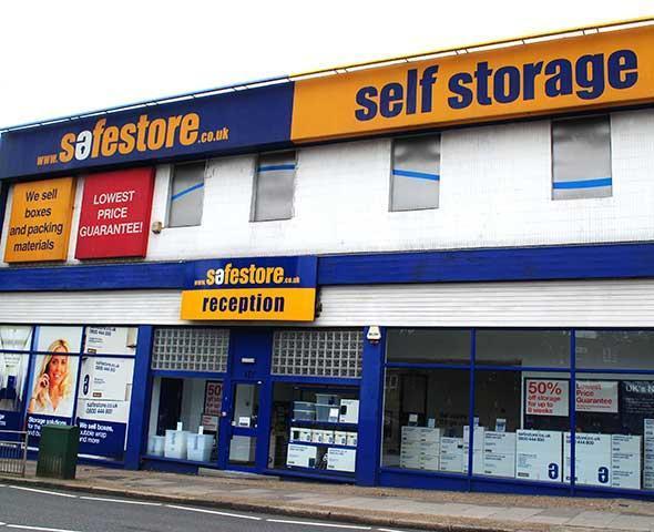Safestore Self Storage Edgware - Edgware, London HA8 7DD - 020 8381 3133 | ShowMeLocal.com