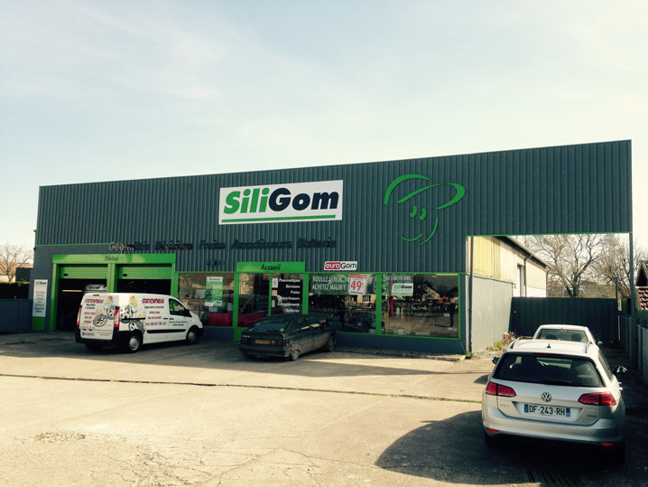SILIGOM - STATION PNEU SERVICE MOBILE
