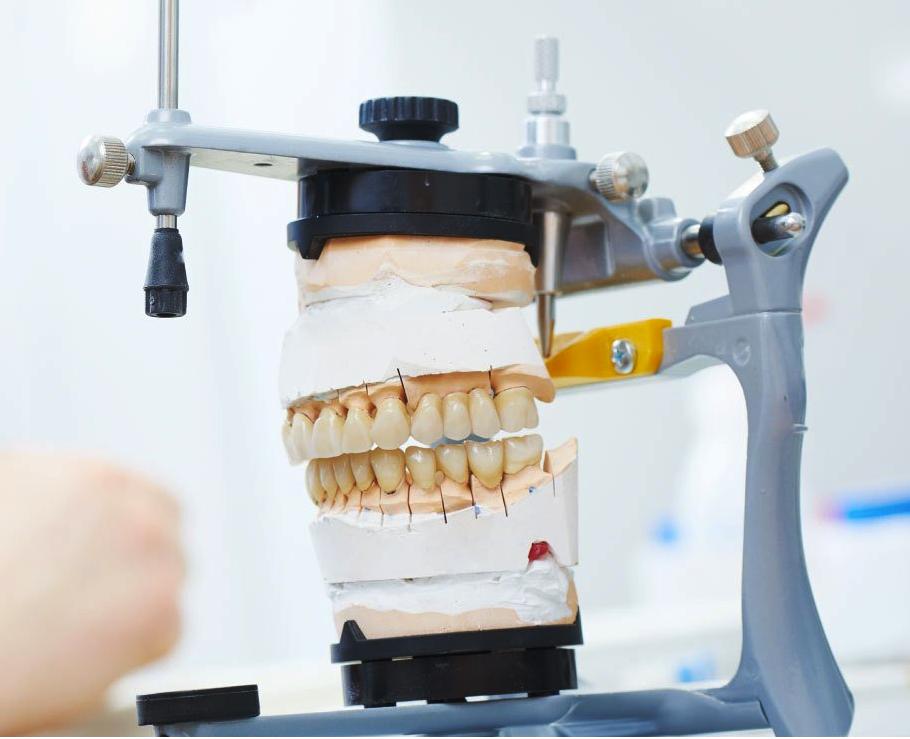 Sylvia Russell | Denturologiste Montréal - Ouest